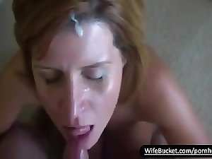 Perfect experienced slutty wife getting a sticky facial