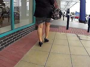 English Mommy Walking