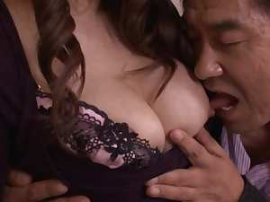 Sakiko Mihara Asian babe has mature sex