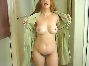 Mama Displays Her Body So You Can Masturbate