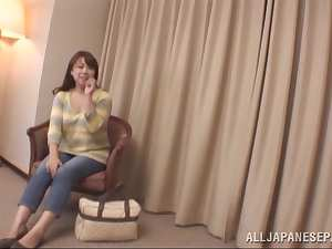 Kinky mature Japanese chick has a shaved pussy