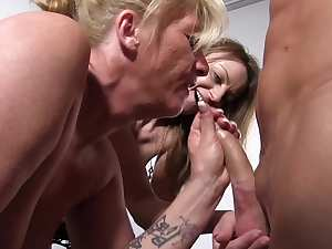 ReifeSwinger - Mature German sluts get fucked in threesome