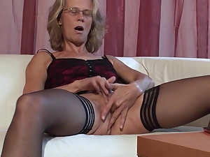 Mature Marga is quite the cocksucker