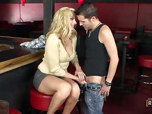 Bartender fucks the sexy blonde milf