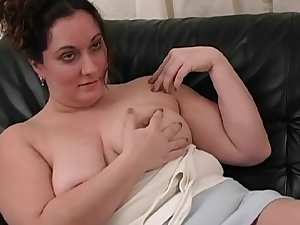 Fat mommy is sucking and wanking this dick