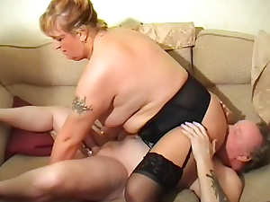 Busty mature Debbie Desire is getting her puss fucked