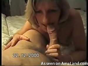 Milf wife shows cocksucking skills