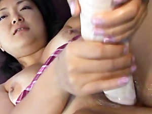 Young Asian cunt gets a good fucking