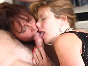 Bad Annie and Natasha Kole is sharing tasty dick