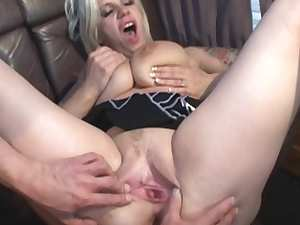Tattooed blonde was fucked in the van