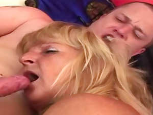 Fat mature hot hardcore sex and sucking