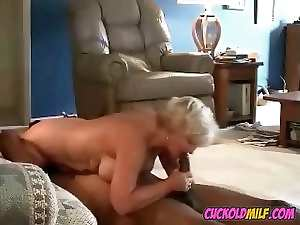 Amateur Cuckold Housewives banged by hired ebony bulls Sissy husb