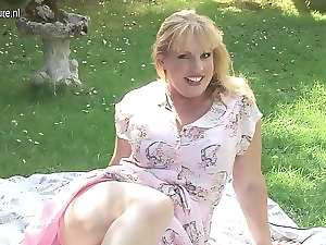 Attractive Tempting blonde English slutty mom going randy at the park