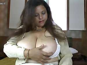 Amateur Latin Mum with GIANT hooters