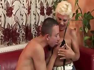 18 years old Man Delighting A Hirsute Mommy Also Gets Rimmed