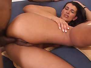 Attractive mature Giorgina Smith goes ebony