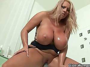 Blondie housewifes with mega big melons give their sexy fanny a treat
