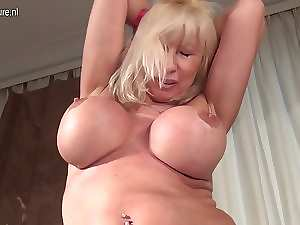 Big breasted slutty mom hungry for a nice fuck