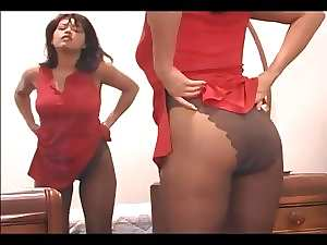 Lewd mother fingering her slit in sheer pantyhose