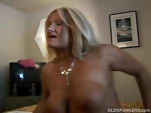 Ravishing attractive mature blondie Roxy loves to fuck younger chaps