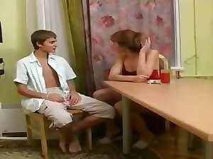 stepmom with shocking nipples banging a 18yo lad