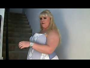 Sensual Top heavy Tempting blonde Mama - negrofloripa