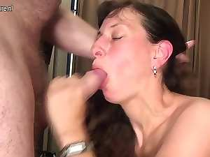 Solid slutty mom with big hunger for sex