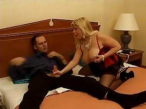 Italian attractive mature fellatio and shagging