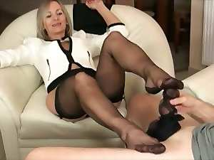 Experienced with black pantyhose footjob